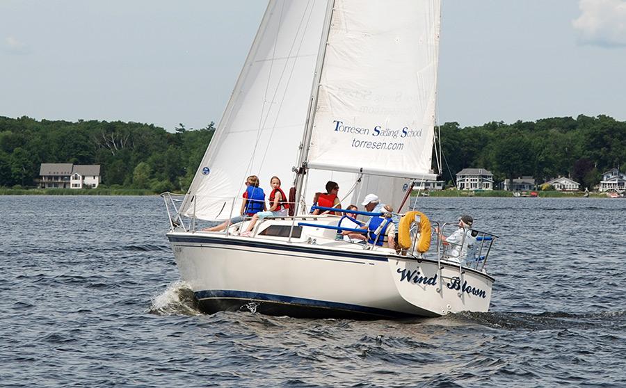 Torresen Sailing School